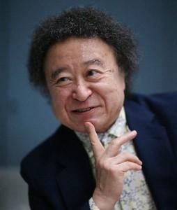 http://book.asahi.com/reviews/column/2013100600015.html