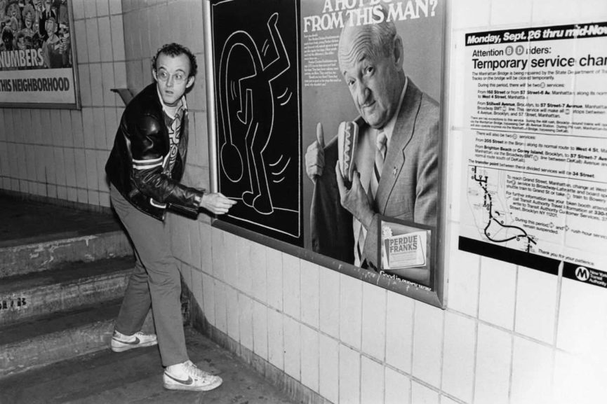https://media.thisisgallery.com/wp-content/uploads/2018/12/keithharing-1.jpg