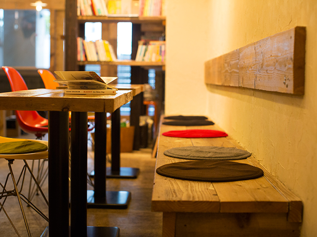 book cafe days(ブックカフェディズ)
