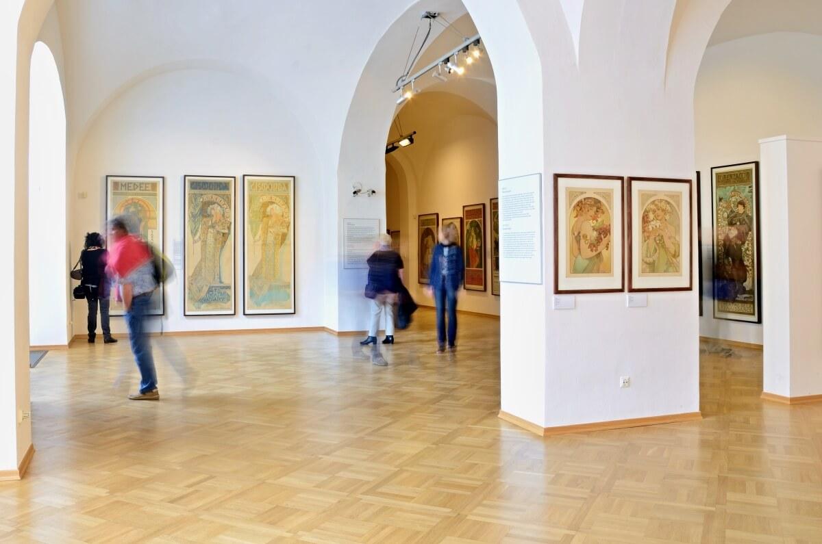 プラハ ミュシャ美術館